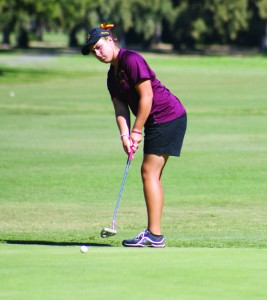 Women's golf team edges Modesto in Suttertown Classic taking first place