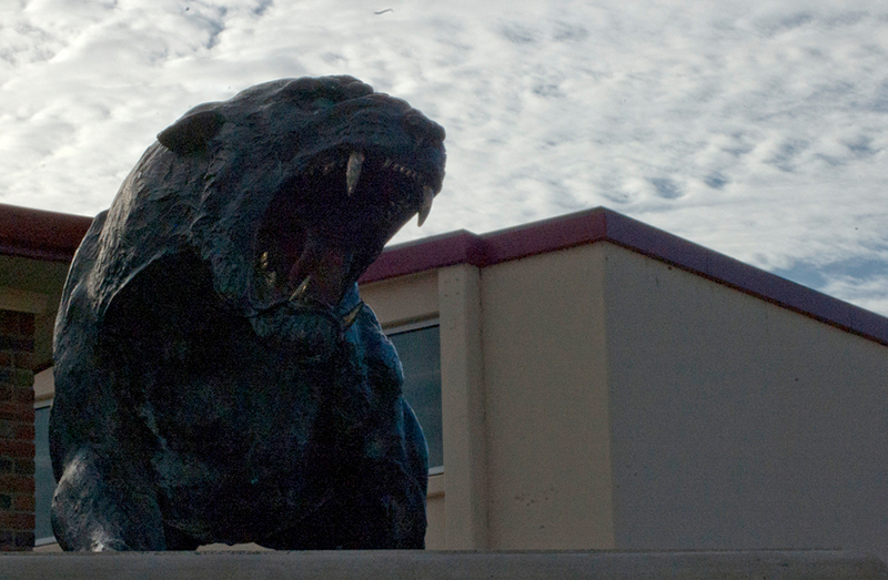 The panther statue at Sacramento City College.