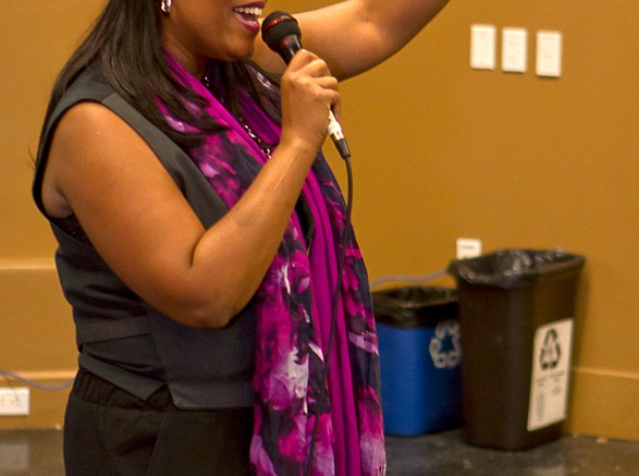 """Singer, Advocate Carla Fleming sings her empowering song """"Rise Again"""" in honor of Domestic Violence Awareness Month for students in the Performing Arts building on Oct. 24 Staff Photographer//Tamara M. Knox//tmrknox@gmail.com"""