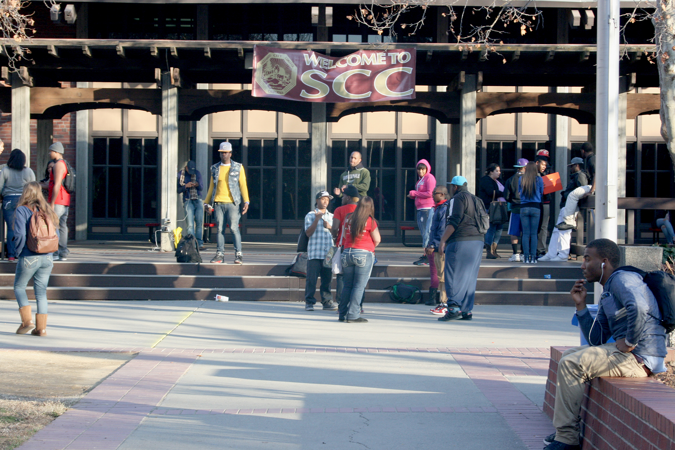 Students gather on the steps of City College's Student Culture Center Jan. 23 to socialize and practice dance moves. Teri Barth | Online Editor | express.teri.barth@gmail.com