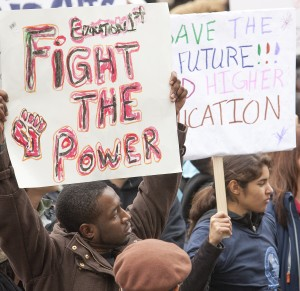 Marchers demand lower tuition fees