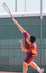 SCC tennis loses, remains positive