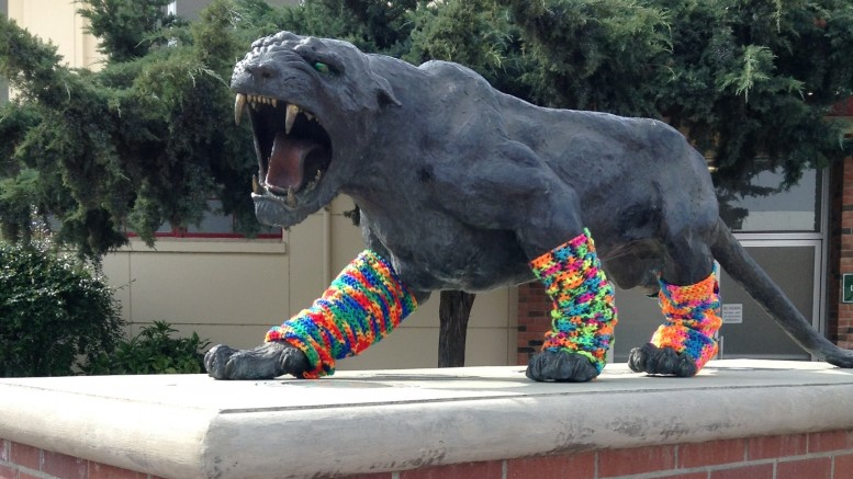 City College's panther gets a new look April 3, 2014 when pranksters yarn-bomb the statue. Tom Herzog explores the statue's history, and the students who brought it to campus. Vanessa Dominguez | Guest Photographer | vadobu95@gmail.com