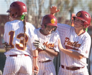 City College softball defeats CRC in extra innings