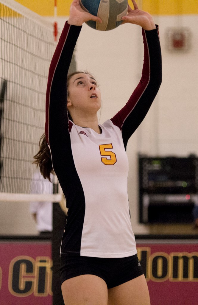 City College freshman Kassidy Rauh practices setting before the match against Modesto Junior College in the North Gym Nov. 3, 2015. (Photo: Kristopher Hooks   Editor in Chief   khooksexpress@gmail.com)