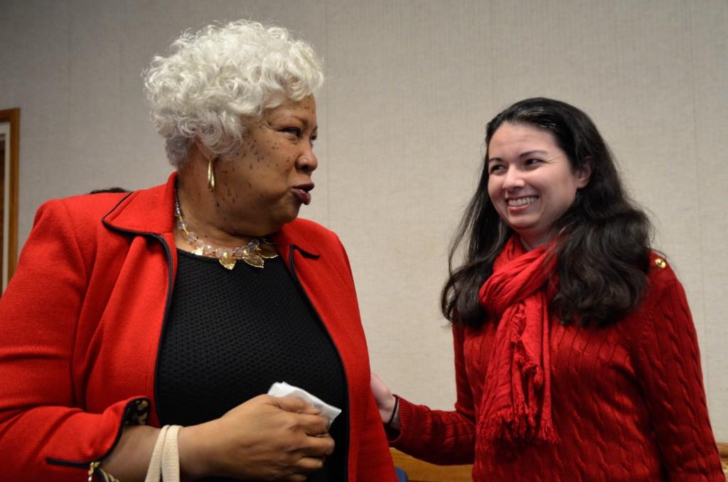 City College student Lisa Adda, accounting major, reminiscing with Jeffery. Jan. 28, 2016. Barbara Williams, staff photgrapher. | BarbarajExpress@gmail.com