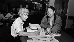 City College's oldest student, Heidi Juchnik, works with a tutor in 2000. Juchnik, who died recently at the age of 86, earned two AA degrees and continued taking classes for enrichment. l Photo by David Steutel