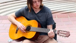 City College student Kevin Werre, biology major, playing a guitar in the Quad before heading to his next class. Julie Jorgensen, Photo Editor. | juliejorgensenexpress@gmail.com