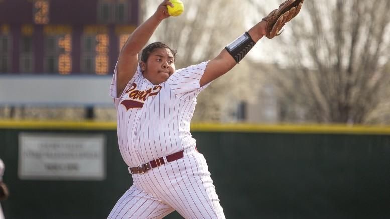 City College pitcher Kali Sargent takes over at the mound in the game against Siskiyous College at The Yard on Feb. 20. Photos by Dianne Rose. | diana.rose.express@gmail.com