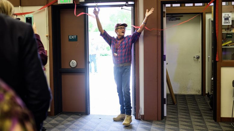 Professor Tom Cappelletti,the director of Makerspace, cutting  the ribbon Thursday  on the new location for Makerspace, COS-108 and COS-110.  Jiaxin Lu   Staff Photographer   jlu.express@gmail.com